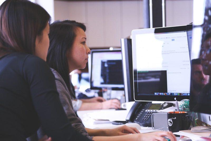 パソコンスクールでCADを学ぶ